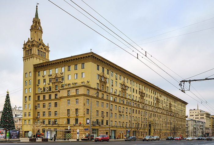 House_on_SmolSquare_Moscow_asv2018-01.jpg
